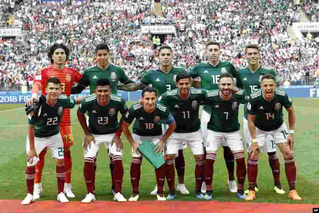 O México perdeu por 2-0 frente ao Brasil.