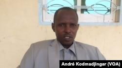 Mahamat Kerima Saleh maire de la commune du 9eme arrondissement de la ville de N'Djamena, Tchad, le 30 août 2018. (VOA/André Kodmadjingar)