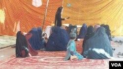 زنان هلمندی نیز به معترضان ضد جنگ در خیمه تحصن لشکرگاه پیوسته اند.