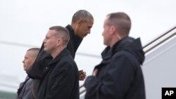 Le président américain barack Obama en route vers l'Asie, ici à l'Andrews Air Force dans le Maryland, le 21 mai 2016.