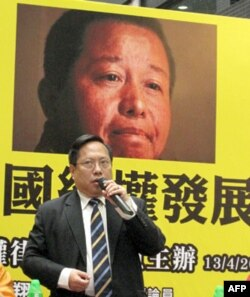 关注组主席何俊仁担心中国维权律师处境