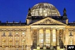 Markaziy Osiyo siyosatchilari Bundestag faoliyati bilan tanishdi