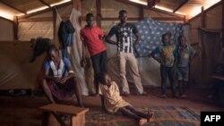 De jeunes déplacés musulmans, camp de réfugiés, Petit Séminaire de Bangassou, République centrafricaine, le 14 août 2017.