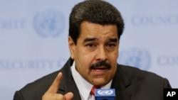 """El presidente venezolano, Nicolás Maduro, expresó que Kelly """"se está metiendo en asuntos que son nuestros""""."""