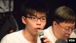 「香港众志」秘书长黄之锋。(美国之音汤惠芸摄)