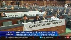 Vetëvendosja parulla në parlament