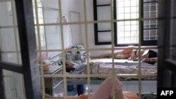 Bệnh nhân tại một bệnh viện ở Hà Nội
