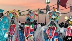 """""""União 10 de Dezembro"""" prepara desfile na edição de 2011 do Carnaval de Luanda"""