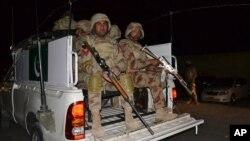 Tentara Pakistan melakukan patroli di Baluchistan (foto: dok).