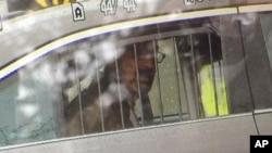 《41行動新聞》提供了作案嫌疑人克羅斯的照片