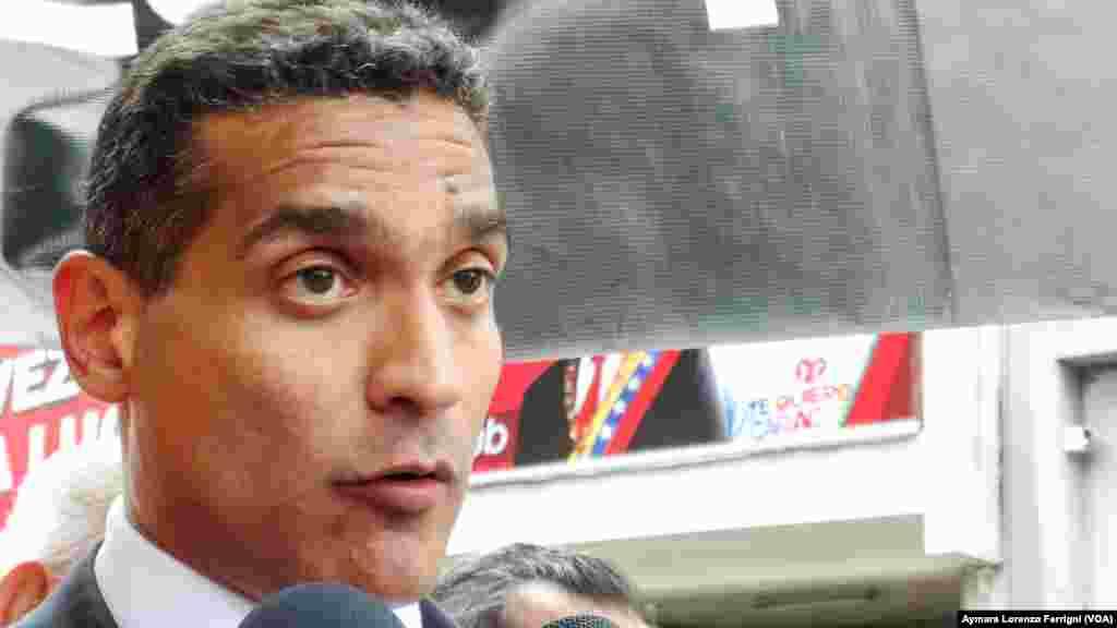 Juan Carlos Gutiérrez, abogado defensor de Leopoldo López, aspira que sean aceptadas por el tribunal las pruebas promovidas por la Fiscalía que demuestran torturas y maltrato, tal y como lo considera la ONU por su caso.