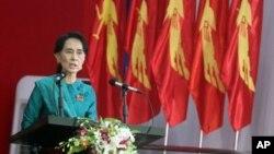 Lãnh tụ đối lập Miến Điện Aung San Suu Kyi được bầu làm Chủ tịch Ban chấp hành đảng NLD.