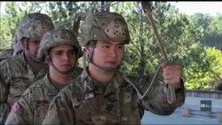 Служба та життя іммігрантів в американській армії. Відео