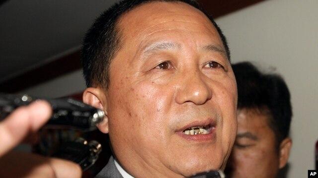Nhân vật đứng đầu quân đội Bắc Triều Tiên, Phó Nguyên soái Ri Yong Ho