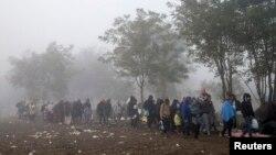 Izbeglice blizu granice Srbije i Hrvatske