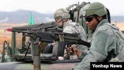 지난해 3월 미·한합동 키 리졸브 연습과 연계해 경기도 평택 오산 미공군 기지 인근에서 실시된 기지 방어 훈련. (자료사진)