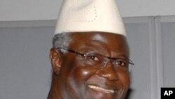 Tổng thống Ernest Bai Koroma của Sierra Leone