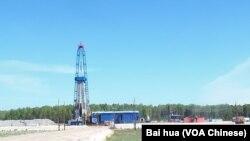 天然气工业公司在俄罗斯西伯利亚的一处油井