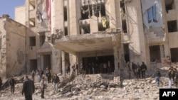 Patlamalardan biri askeri istihbarat servisinde ağır hasara yol açtı