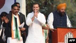 راہول گاندھی نے سوال اُٹھایا کہ پلوامہ حملے کا سب سے زیادہ فائدہ کس نے اُٹھایا؟ (فائل فوٹو)
