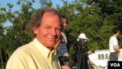 托萊多大學教授勞倫斯.安德森 (美國之音申華拍攝)