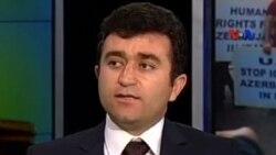 Babək Çələbiyanlı İran hökumətində türklərin rolunun şişirdildiyini deyir