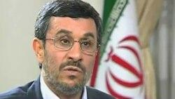 گاردين: سانسور سخنرانی محمود احمدی نژاد در تلويزيون دولتی ايران