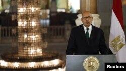 Wapres sementara Mesir, Mohamed El Baradei mengundurkan diri dari jabatannya menyusul tindak kekerasan untuk membubarkan massa pro-Morsi di Kairo, Rabu (14/8).