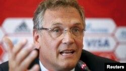 """Tổng thư ký FIFA Jerome Valcke nói """"không thích hợp để bắt đầu bất cứ quy trình tranh đăng cai nào vào thời điểm này."""""""