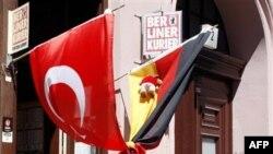 Külahçı: 'Bazı Olumsuzluklar Dışında Almanya Türkler İçin İyi Bir Deneyim'