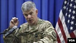 Juru bicara militer AS yang berkantor di Baghdad, Kolonel Steve Warren (foto: dok).