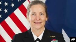 La contralmirante Shoshana Chatfield será la primera mujer en dirigir la Academia Naval de Estados Unidos en 135 años de historia de la institución, según anunció la Marina estadounidense.