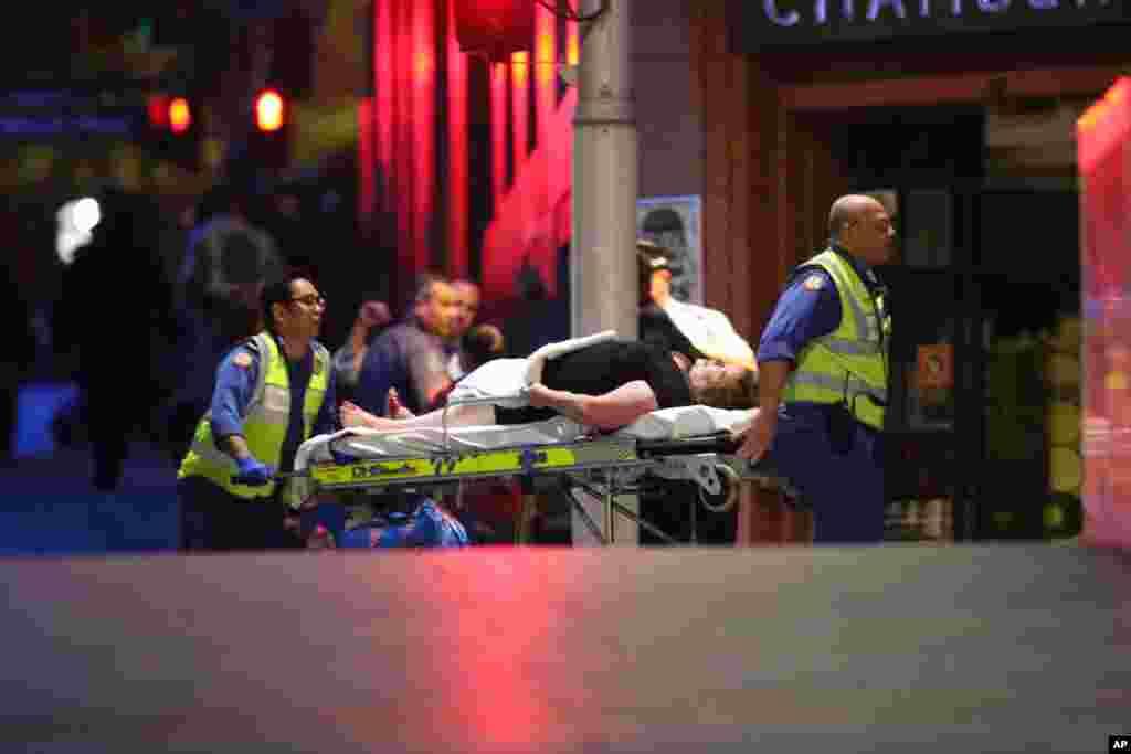Sidney şəhərinin restoranında girov götürülənlər içərisində yaralılar var - 15 dekabr, 2014