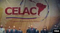 Pembukaan KTT dua hari para pemimpin Amerika Latin, yang meresmikan blok regional baru Community of Latin American and Caribbean States [CELAC] di Caracas, Venezuela (2/12).