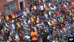 Desfile da JURA, em Malanje