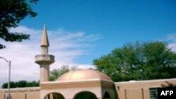 Skënderaj: Autoritetet mbyllin xhaminë për shkak të dyshimeve