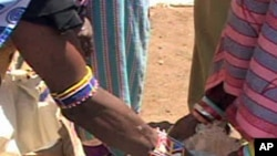 Food distribution in Kenya