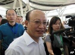 中国铁道部总工程师何华武(资料照片)