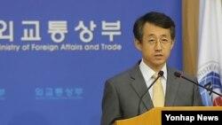 지난달 18일 한국 외통부 청사에서 정례브리핑 중인 조태영 외교통상부 대변인. (자료사진)