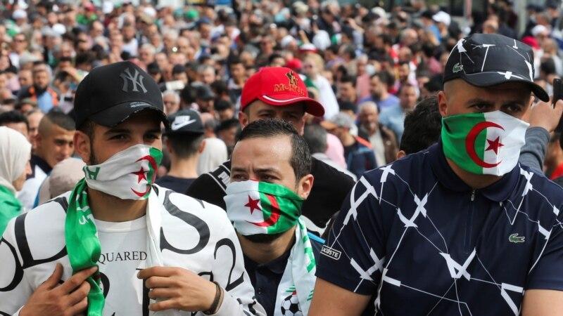 Hirak: Alger rappelle son ambassadeur à Paris