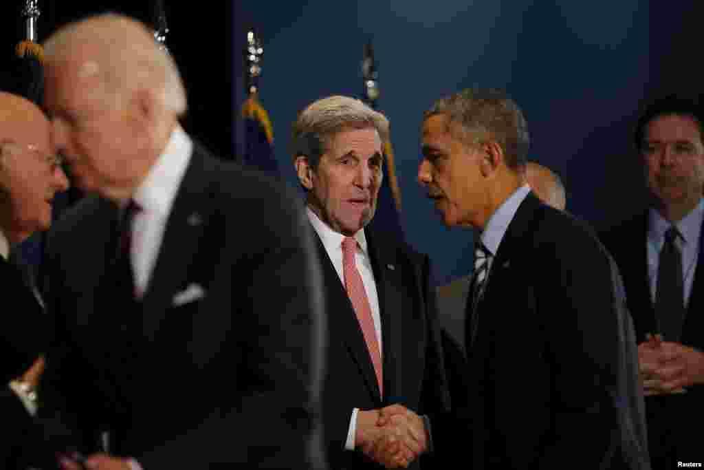 جان کری قبل از سفر به وین، از سوی باراک اوباما اختیاراتی برای لغو تحریم های هسته ای ایرا کسب کرد.