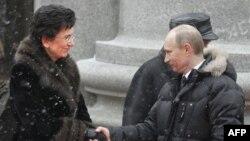 Нино Бурджанадзе и Владимир Путин