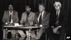 Çar rewşenbîrên girîng yên Kurdên Sovyetê berê bi hevre ne: Şeref Eşirî, Şakiroyê Mixoyî, Karlînê Çaçanî û Emerîkê Serdar