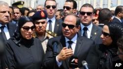 السیسی، رئیس جمهوری مصر در هفته های اخیر بر دیدارهای خود با سران کشورهای عربی افزوده است.