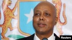 Thủ tướng Somalia Abdiweli Sheikh Ahmed phát biểu tại Tòa nhà Quốc hội ở Mogadishu, 21/12/2013.