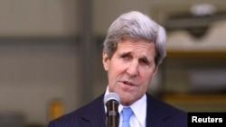 Američki državni sekretar smatra da bi pitanje izraelskih naselja trebalo da bude rešavano za pregovaračkim stolom