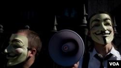 """Los miembros del grupo """"Anonymous"""" son conocidos por sus fotografías con máscaras."""