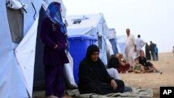 Những người tỵ nạn Mosul tại trại tỵ nạn Khazir bên ngoài Irbil, cách thủ đô Baghdad khoảng 350km về phía bắc.
