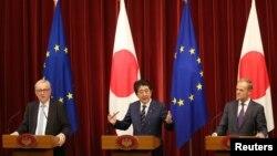 2018年7月17日日本首相安倍晉三在歐盟委員會講話。