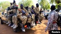 Sojojin Sudan ta kudu cikin mota a garin Bor, da gwamnati ta kwace daga hanun 'yan tawaye cikinmakon jiya.